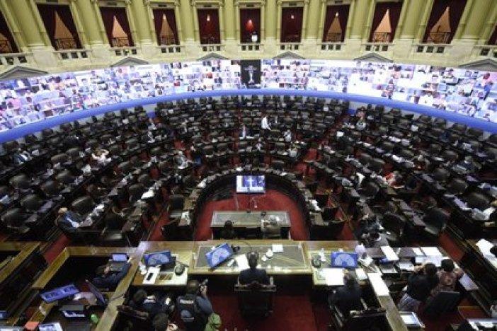 """La modificación de la fórmula previsional fue aprobada por el Congreso durante el """"super martes"""" del 29 de diciembre"""