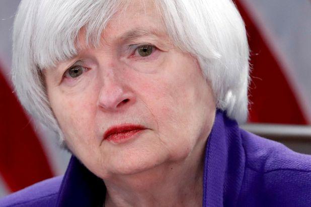 Janet Yellen, secretaria del Tesoro. Según el Fondo, no hay riesgo de inflación a la vista (REUTERS/Jonathan Ernst/File Photo)