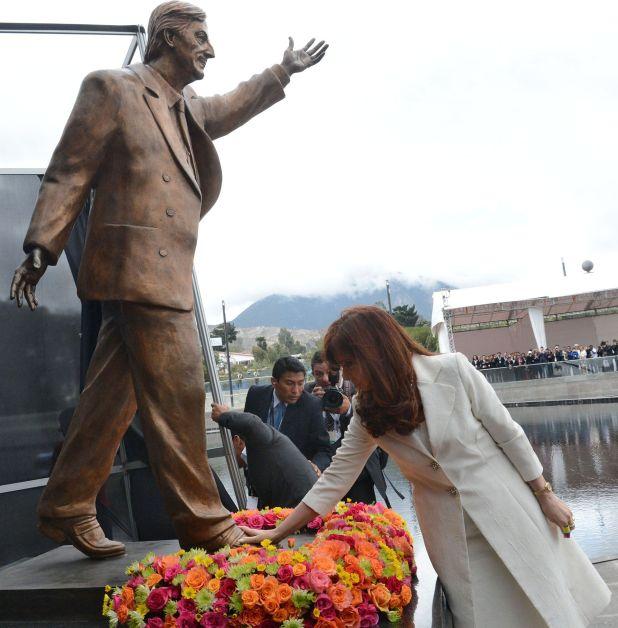 La estatua de Néstor Kirchner que será instalada en el CCK en la tarde del martes (Presidencia)