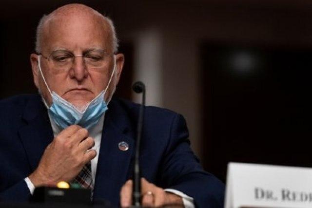 El director de los CDC, Robert Redfield. Foto: Alex Edelman/via REUTERS