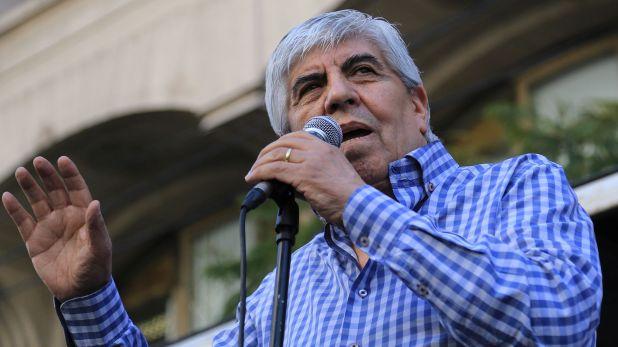 El líder de Camioneros, Hugo Moyano, hablará después de la reunión