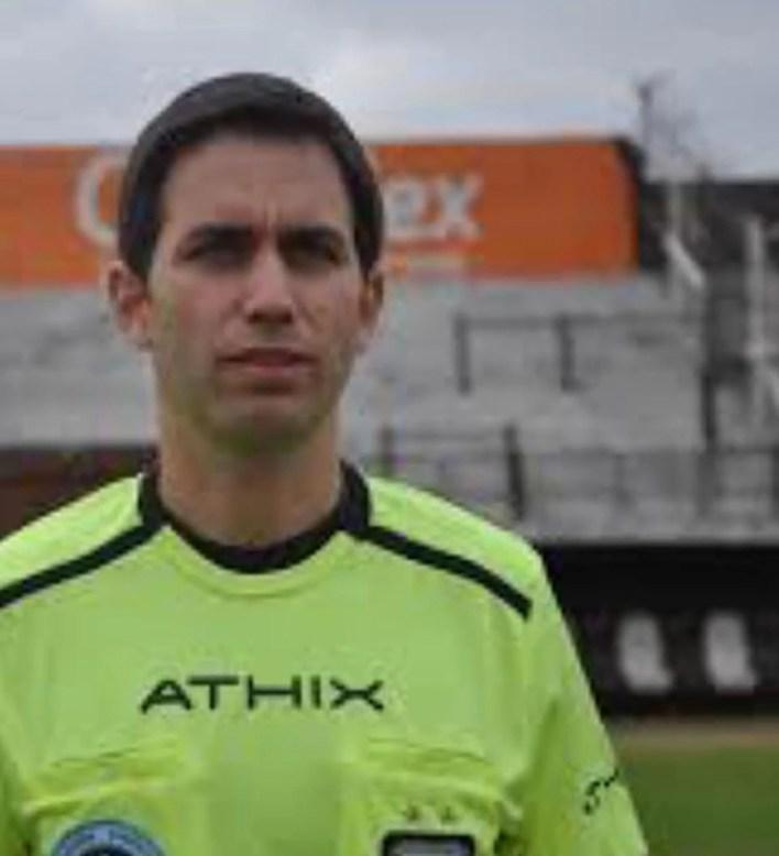 Al árbitro Martín Bustos le imputan tres casos de abuso