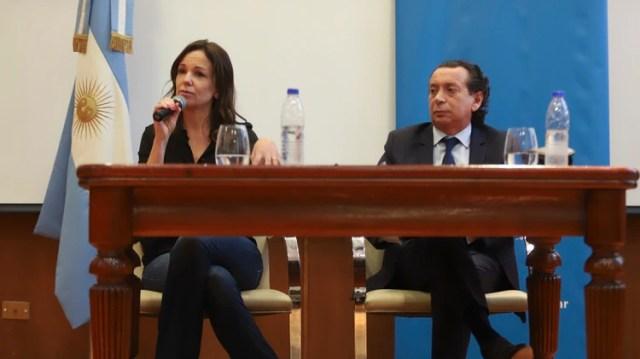 Los ministros Carolina Stanley y Dante Sica durante la conferencia de prensa donde analizaron los datos del INDEC . Foto NA: DAMIAN DOPACIOzzzz