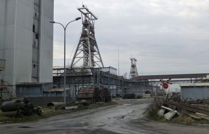 FOTO DE ARCHIVO: Pozos en la mina de carbón Pniowek de JSW en Pawlowice, Polonia, 6 de diciembre de 2018. REUTERS/Barbara Lewis