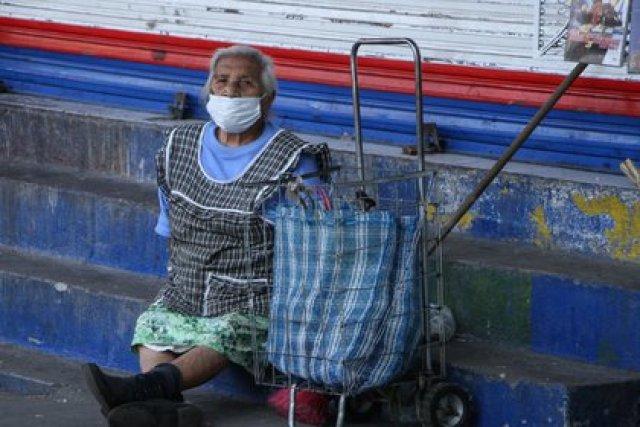 """Las abuelas mexicanas presentan afectaciones en su salud como producto del """"síndrome de la abuela esclava"""" (Foto: Cuartocuro)"""