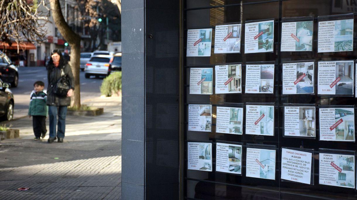 Las medidas de control de cambios podrían complicar aun más al sector inmobiliario