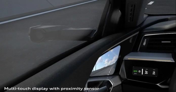 Así se ve en el Audi e-tron la imagen que reproduce la cámara lateral exterior