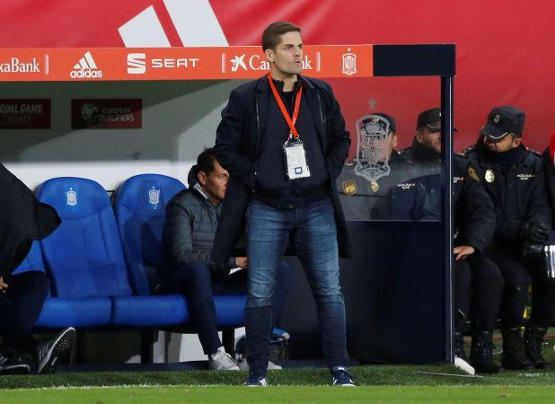 Robert Moreno se despidió a través de un comunicado (Reuters/ Marcelo del Pozo)
