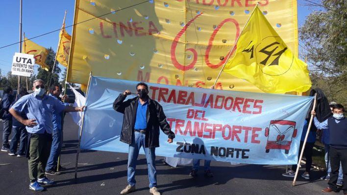Protesta delegados linea 60 colectiveros