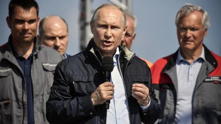 Putin dio un discurso arropado por seguidores (AFP PHOTO / POOL / Alexander NEMENOV)