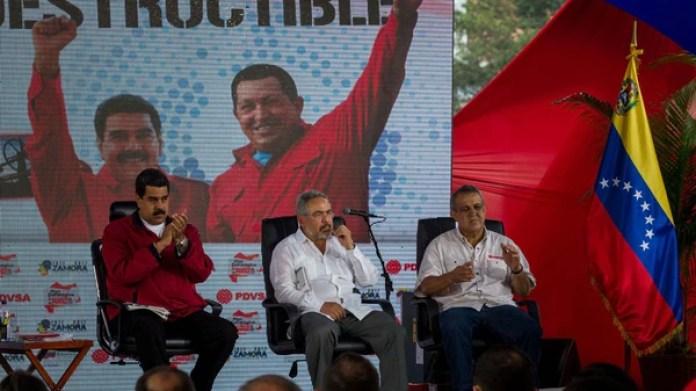 Maduro, Martínez y Del Pino en un acto oficial en enero de 2017 (EFE)