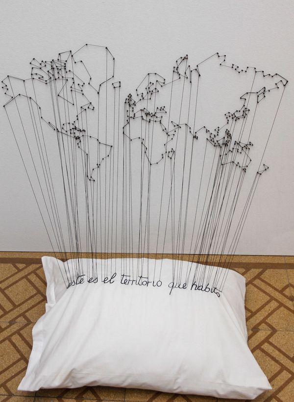 """Obra de Paola Monzillo en la muestra colectiva """"Trazas simultáneas""""."""