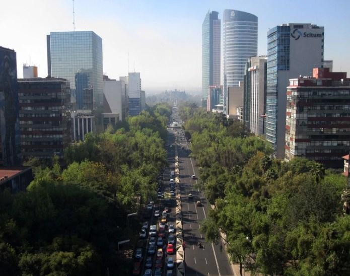 Paseo de la Reforma, en donde se encuentra la tienda matriz de la Casa de Moneda, es una de las avenidas más importantes de la Ciudad de México (Foto: Wiki Commons)