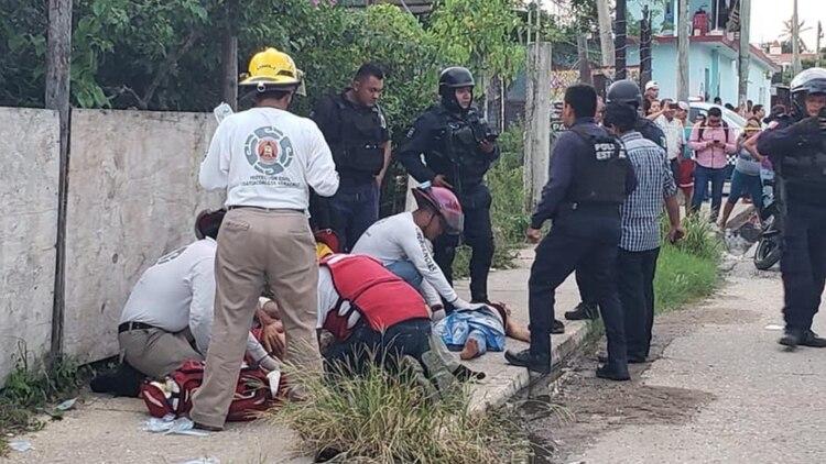 Una familia de cuatro integrantes, dos de ellos menores de edad, fueron atacados a balazos (Foto: Twitter/IvanKalderon)