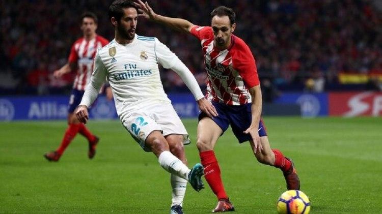 El primer partido entre el Real Madrid y el Atlético será el 30 de septiembre en el Bernabéu (REUTERS)