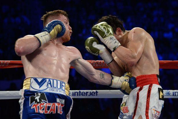 El combate que perdió contra Álvarez fue de los más criticados por su padre. (Foto: Joe Camporeale-USA TODAY Sports)