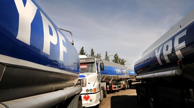 Camiones de YPF (NA)