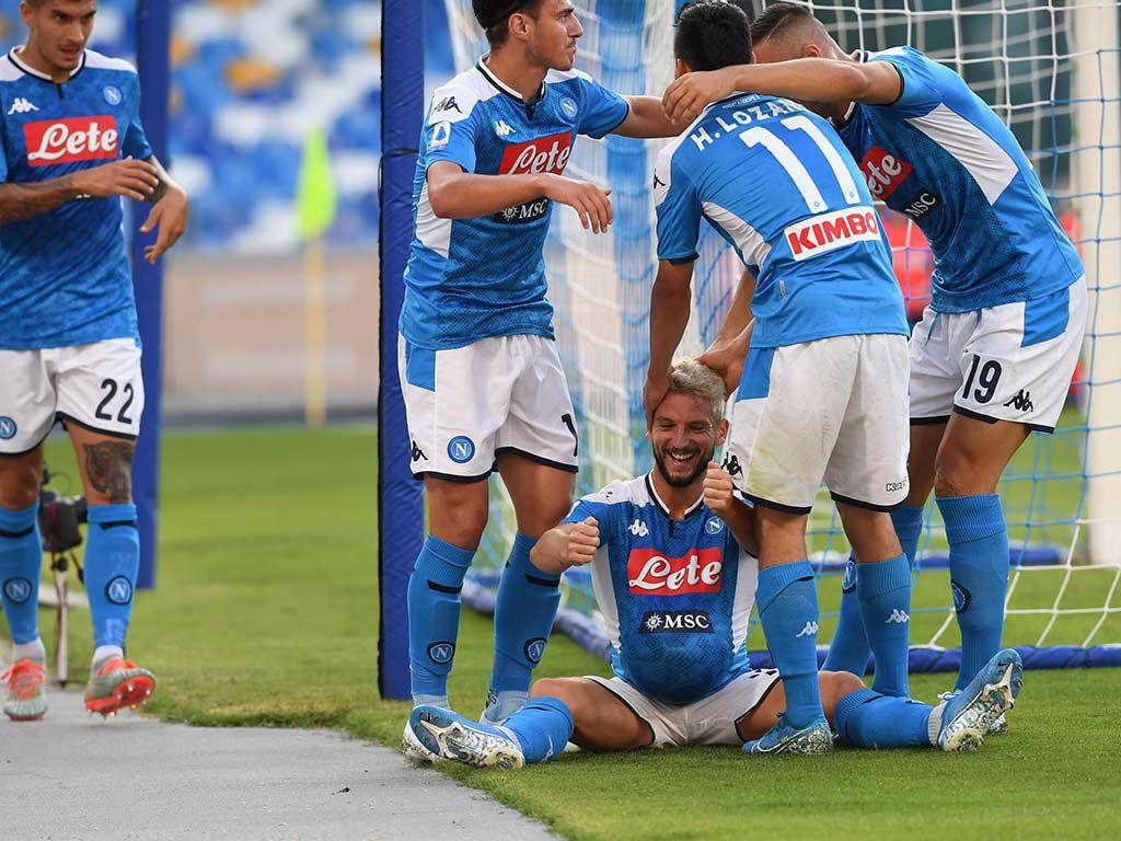 Dries Mertens fue el autor de los dos goles para la victoria del Napoli (Foto: EFE)
