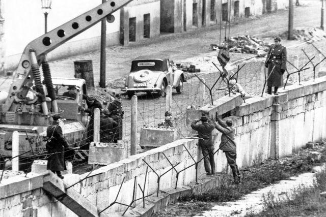 El Muro de Berlín se construyó en cuatro etapas.