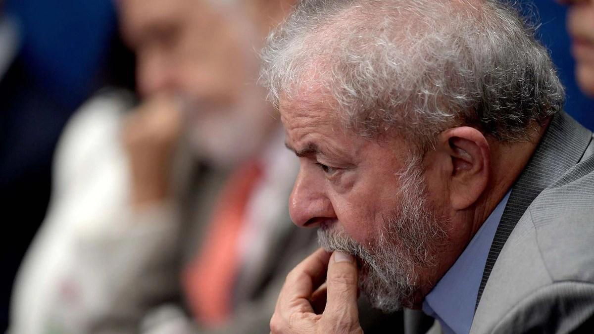 El Tribunal Supremo suspendió el traslado de Lula da Silva a una prisión de San Pablo