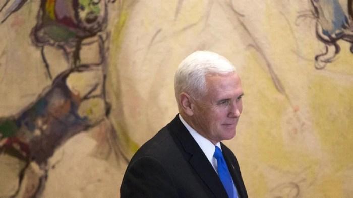 El vicepresidente estadounidense Mike Pence indicó que el traslado de la embajada ocurrirá a fines de 2019 (AFP)