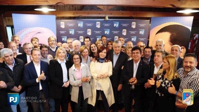 Cristina Kirchner fue al PJ en mayo, cuatro días antes de anunciar que se bajaría. Alberto Fernández regresa ya en el centro de la escena