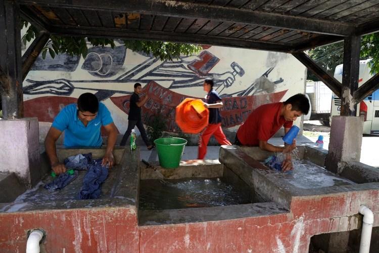 La escuela es algo más que una escuela, casi es un hogar para los estudiantes. (Foto: Infobae México)