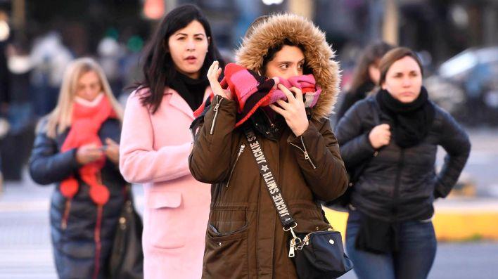 Las bajas temperaturas golpean a la Ciudad desde el comienzo de la semana (Télam)