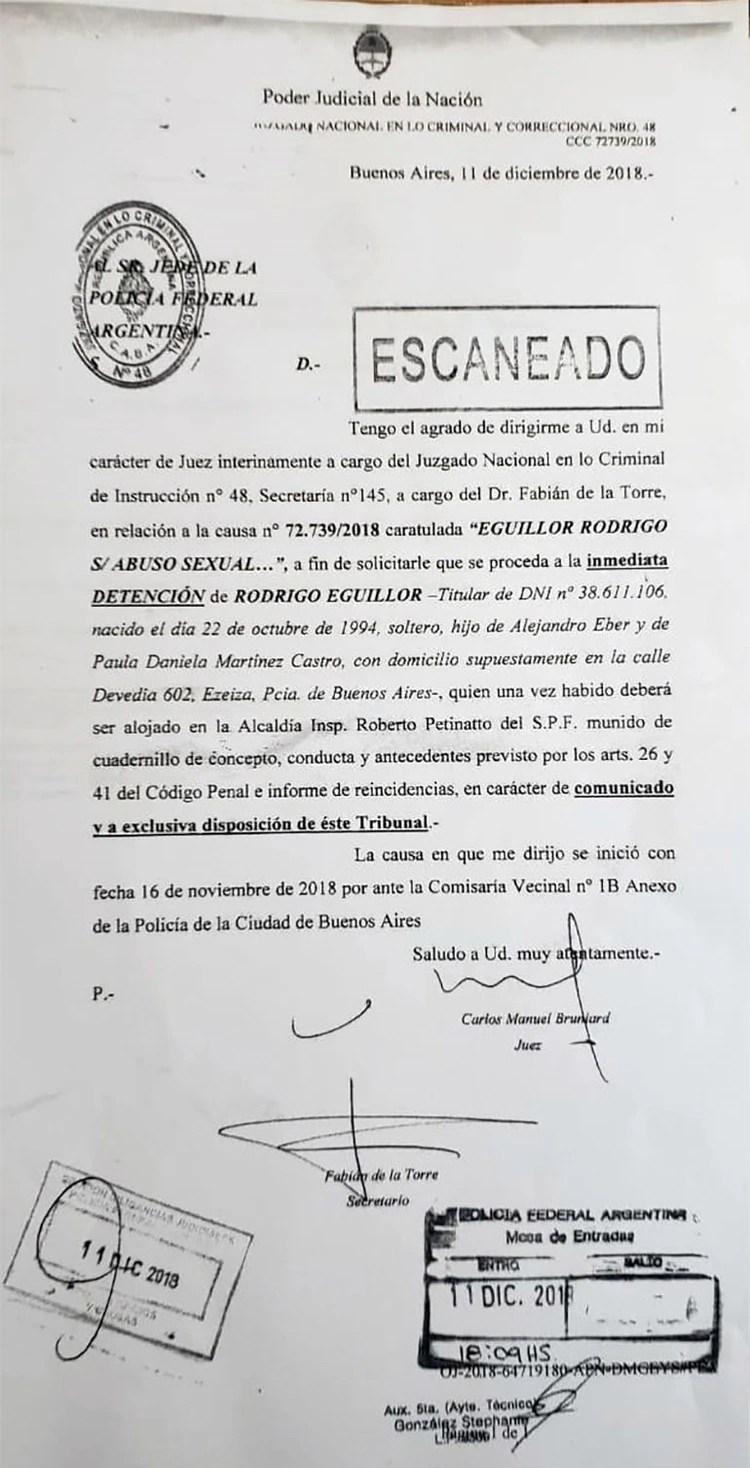 La orden de detención firmada por el juez Bruniard.