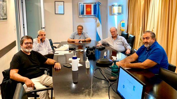 Parte de la mesa chica de la CGT: Gerardo Martínez, José Luis Lingeri, Carlos Acuña, Andrés Rodríguez y Héctor Daer