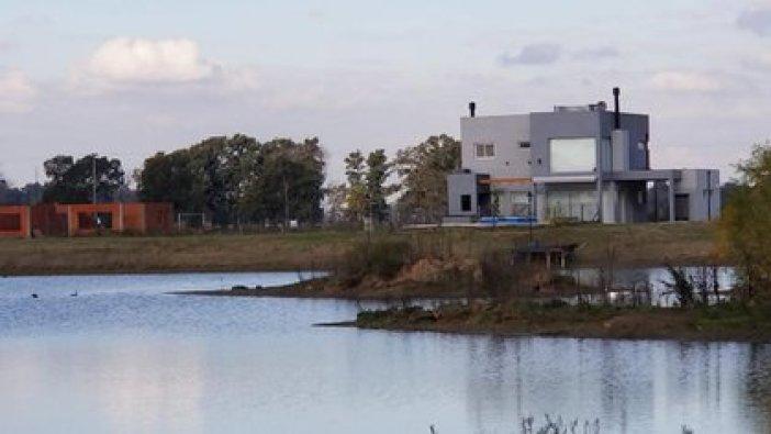 Damian Garbarini, director de DG Negocios Inmobiliarios dijo a Infobae que en agosto se ha alquilado lo anual y semestral y también hay reserva de temporada en la zona sur de la provincia de Buenos Aires