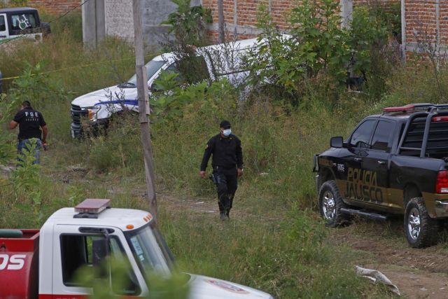 Elementos de la Fiscalía General del Estado localizaron fosas clandestinas con al menos ocho cuerpos (Foto: Cuartoscuro)
