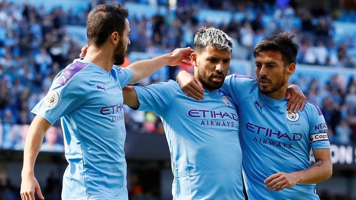 Sergio Agüero, Bernardo Silva y David Silva, el trío del Manchester City (Reuters/Jason Cairnduff)
