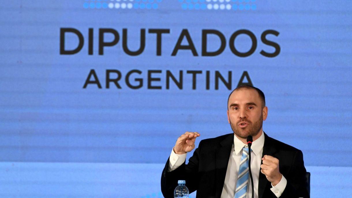 El ministro Martín Guzmán presenta el Presupuesto 2021 en Diputados