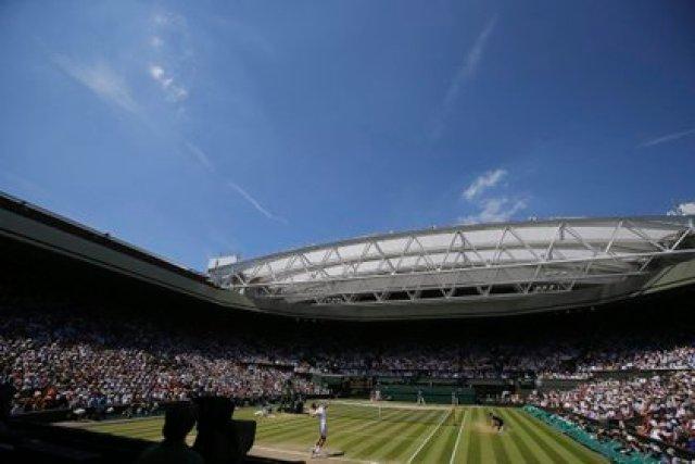 Wimbledon mantendrá sus fechas pese al aplazamiento de Roland Garros. EFE/Andy Rain/Archivo