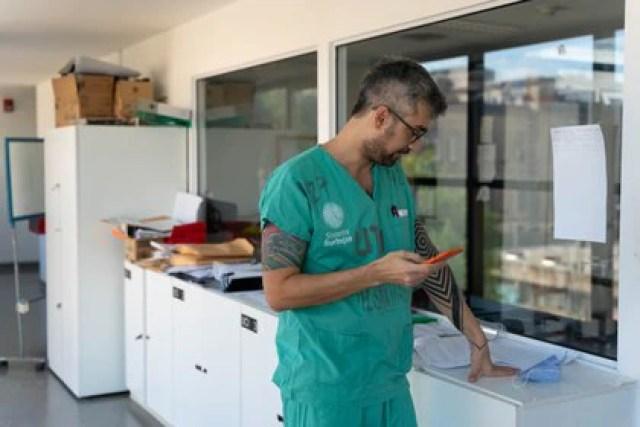 Sahar Tal Benzecry, Jefe de sala de terapia intermedia, devenida UTI Covid durante la pandemia. (Foto: Franco Fafasuli)