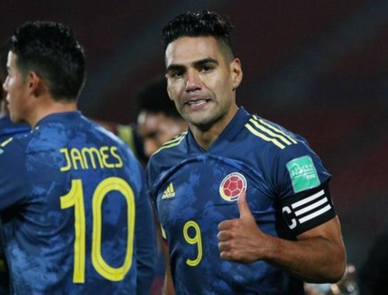 Radamel Falcao en eliminatorias del mundial Chile vs Colombia. Claudio Reyes/Pool via REUTERS