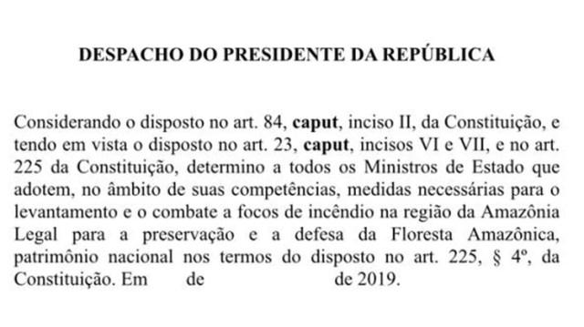"""Bolsonaro pidió a sus ministros """"medidas necesarias"""" para combatir los incendios"""