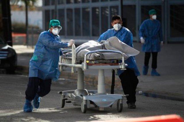 La Secretaría de Salud registró 1,641,428 casos positivos y 140,704 muertes por COVID-19 a nivel nacional (Foto: EFE / Luis Torres)