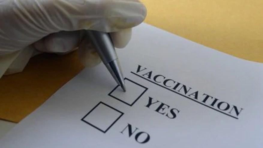 Das US-Gesundheitspersonal äußerte Angst vor den Nebenwirkungen des Impfstoffs, mangelndes Vertrauen in den Staat, um seine Sicherheit zu gewährleisten, Besorgnis über die Rolle, die die Politik bei seiner Entwicklung gespielt haben könnte, und sogar die Idee, Meerschweinchen zu sein.  (iStock)
