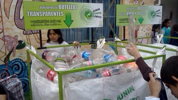 La campaña para recolectar plástico para la vivienda