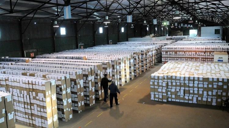 Las urnas que se utilizaron en las PASO bonaerense de 2017 (Télam)