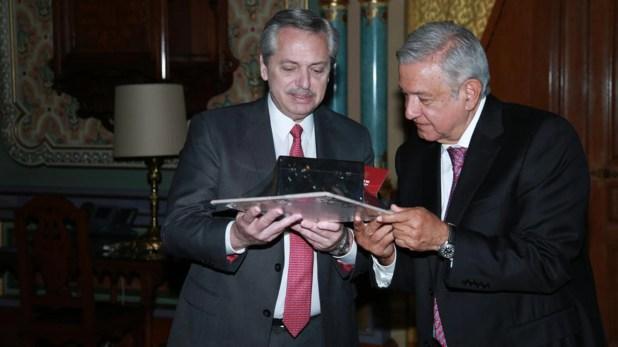 Alberto Fernández y Andrés Manuel López Obrador durante su reunión oficial en la Ciudad de México