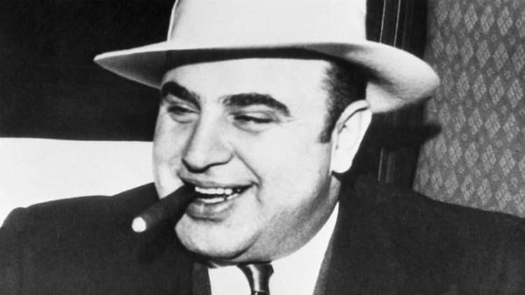 """Al Capone se definía como un """"benefactor público"""" que brindaba pequeños placeres a los habitantes de su ciudad: alcohol, juego, prostitutas"""
