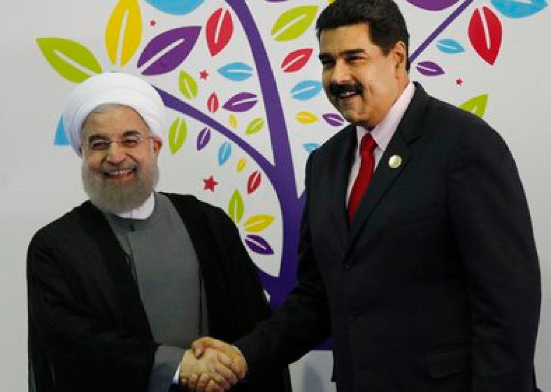 El presidente de Irán, Hassan Rohani; y Nicolas Maduro, durante la inauguración de la cumbre de los Países No Alineados (AP/Archivo)