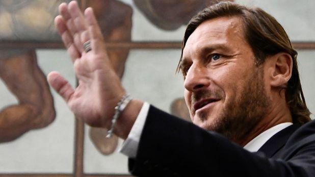 Francesco Totti se convirtió en el nuevo representante de una joven promesa de Boca (Foto Filippo Monteforte / AFP)