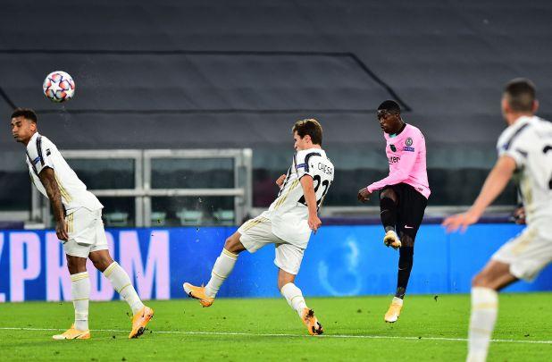 El remate de Dembélé en el 1 a 0 (Reuters)