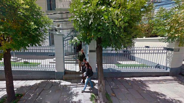Fachada de la Embajada Argentina en Bolivia