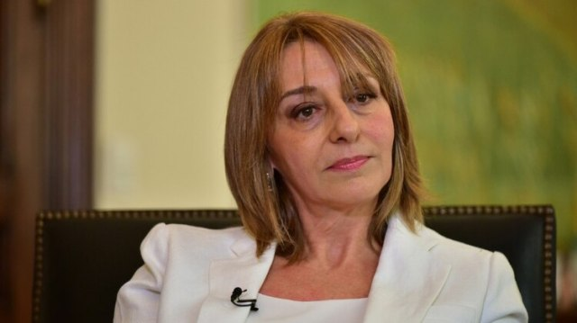 Alejandra Gils Carbó (Adrián Escandar)