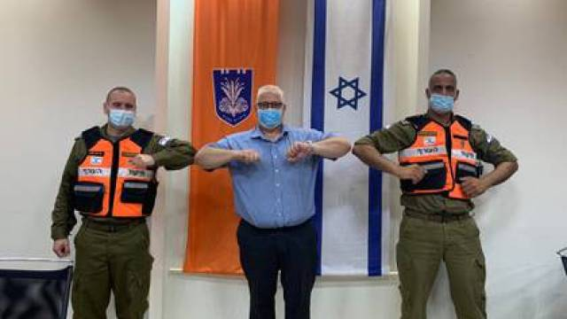Miles de soldados trabajan en todo el país para brindar apoyo a los trabajadores sanitarios (FDI)